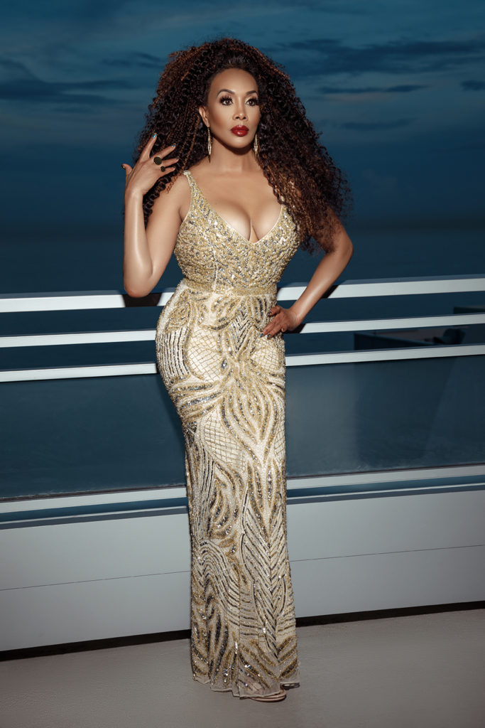 This image has an empty alt attribute; its file name is vivica_fox_04-683x1024.jpg